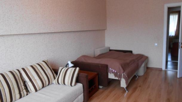№193. 2-комнатная квартира в Алуште