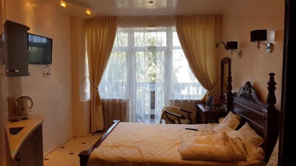 №344. апартаменты на берегуморя в Алуште