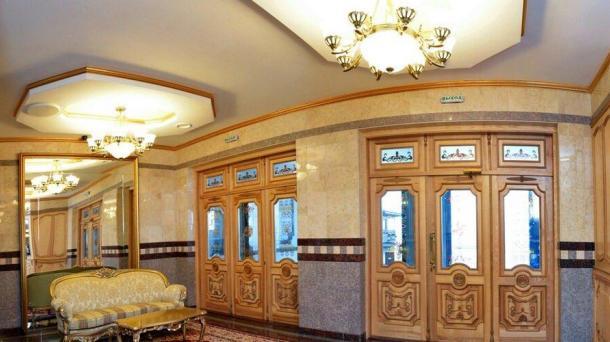 №351. апартаменты на берегу моря в Алуште