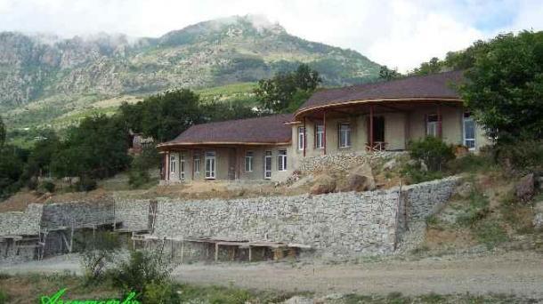 №390 Два дома в Лучистом