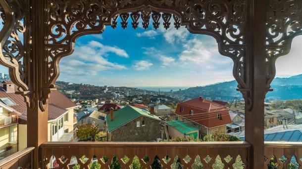 №436 Продается дом в живописном месте Крыма г. Ялте