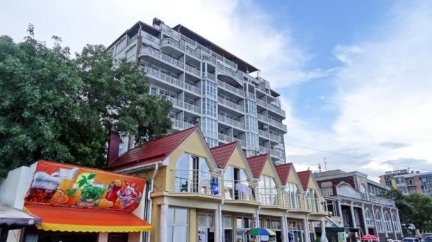 №507 Продам 1-комнатные апартаменты в Алуште
