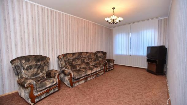 №509 Продам 2-комнатную квартиру в Алуште