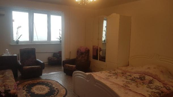 №522 Продам 1-комнатную квартиру в Алуште