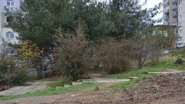 №546 Продам земельный участок в Алуште