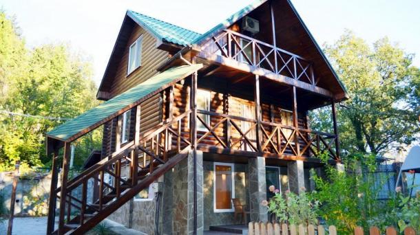 №260 Продается мини-отель ЛИЛИЯ-3 и земельный участок в Гурзуфе
