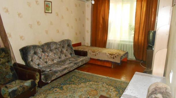 №295 продам 1-комнатную квартиру